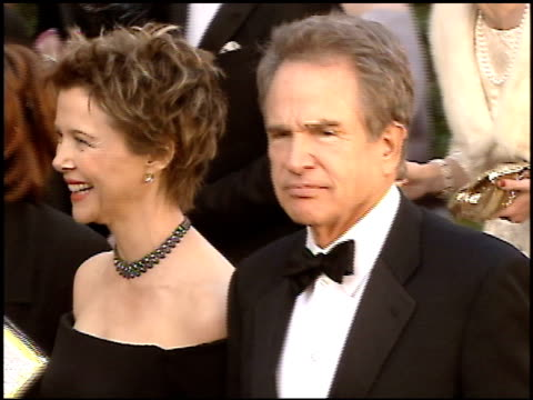 stockvideo's en b-roll-footage met warren beatty at the 2005 academy awards at the kodak theatre in hollywood, california on february 27, 2005. - 77e jaarlijkse academy awards