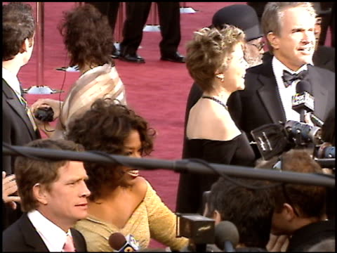warren beatty at the 2005 academy awards at the kodak theatre in hollywood, california on february 27, 2005. - warren beatty stock videos & royalty-free footage
