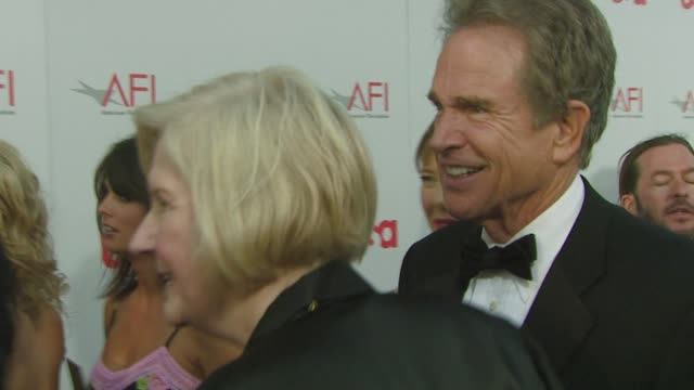 warren beatty at the warren beatty to be honored with 36th afi lifetime achievement award at los angeles ca. - warren beatty stock videos & royalty-free footage