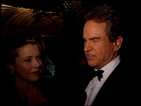 warren beatty at the wga awards at the beverly hilton in beverly hills california on february 20 1999 - beverly beatty stock videos & royalty-free footage