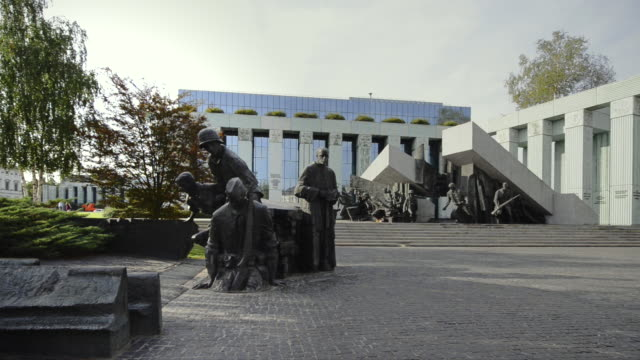 warsaw uprising monument - monument stock videos & royalty-free footage