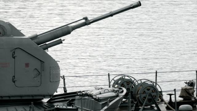 軍艦砲の回転 - ロシア軍点の映像素材/bロール