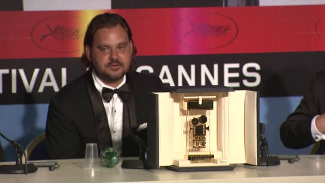 warwick thornton on his cinderella story and how cinema gave him direction. at the cannes film festival 2009: winners press conference at cannes . - シンデレラ点の映像素材/bロール