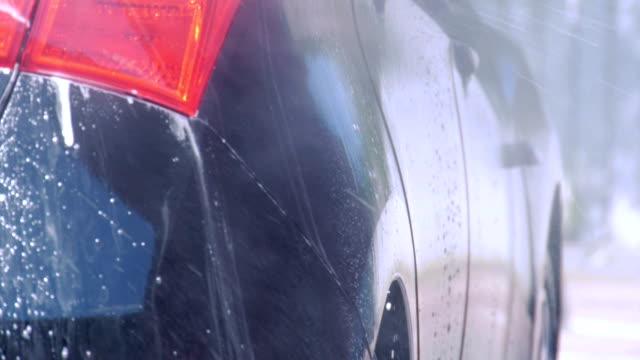 washing car - biltvätt bildbanksvideor och videomaterial från bakom kulisserna