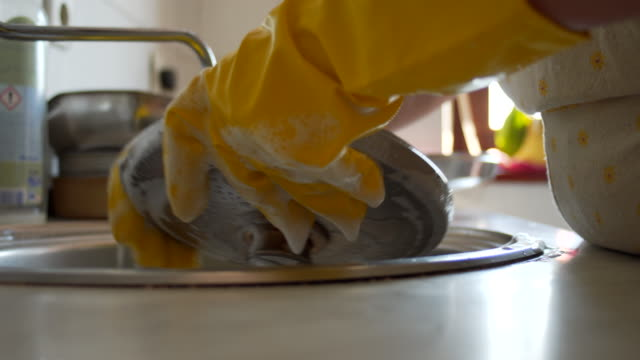 washing dishes, daily routine - washing dishes stock videos & royalty-free footage