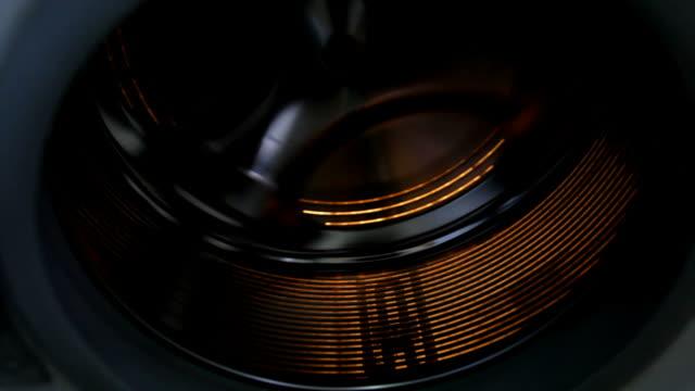 waschmaschine drum rotation - waschmaschine stock-videos und b-roll-filmmaterial