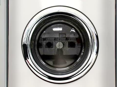 vídeos y material grabado en eventos de stock de máquina de lavado, parte 4, arranque centrifugar de sonido - lavadora