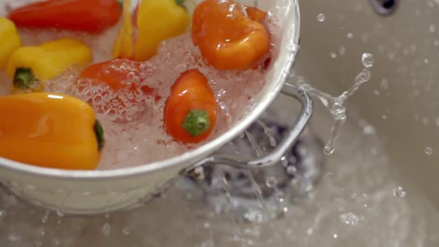 Washing Paprika