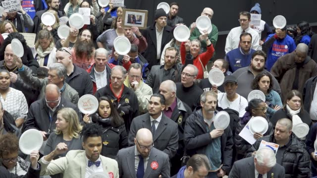 washington dc united states – january 23 2019 the silent protest and paper plates symbolize federal worker families forced to visit food banks for... - trade union stock videos & royalty-free footage