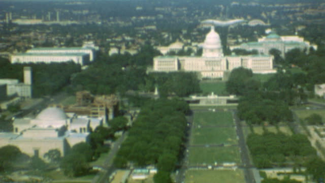 washington monument / american revolution bicentennial signage / capital building / panorama of mall / washingtom mall preparing for bicentennial on... - 1976 stock-videos und b-roll-filmmaterial