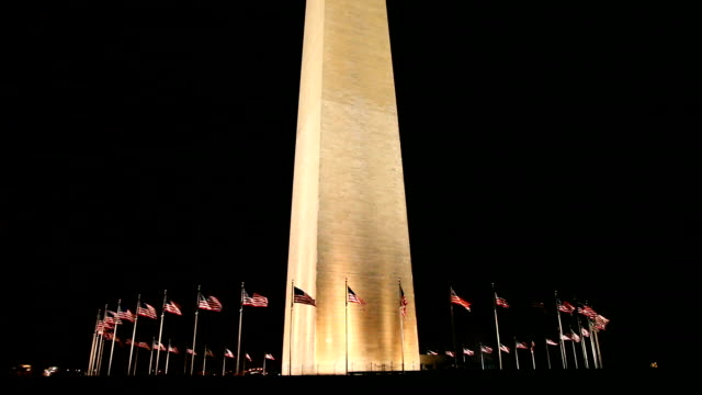 washington monument at night - washington monument washington dc stock videos & royalty-free footage