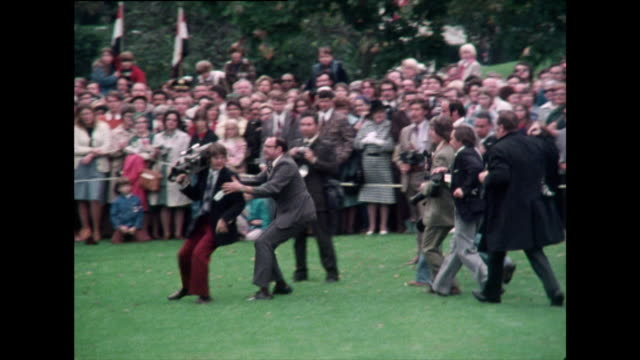 washington photographers rush into position for president's speech; 1976 - president of egypt stock videos & royalty-free footage