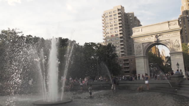 washington square park - sunset - new york city - landmark - summer 2016 - courtyard stock videos & royalty-free footage
