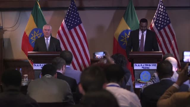 washington's top diplomat rex tillerson began his first africa tour thursday by meeting with ethiopia's foreign minister workneh gebeyehu in addis... - botschafter stock-videos und b-roll-filmmaterial