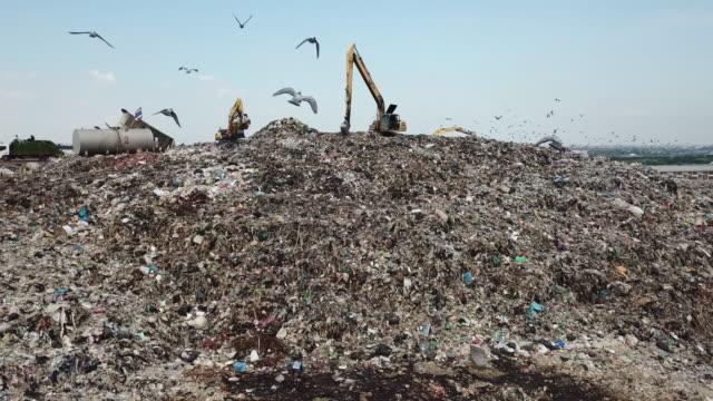 ウェイスト ヒル - ゴミ捨て場点の映像素材/bロール