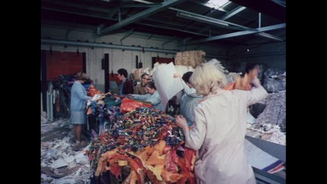 vídeos y material grabado en eventos de stock de montage waste paper recycling plant in london / united kingdom - entrevista grabación
