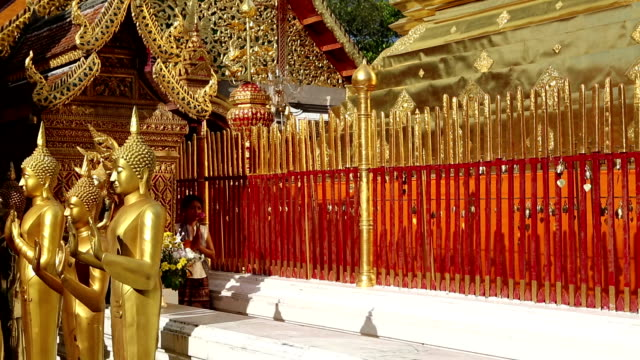 stockvideo's en b-roll-footage met wat phra that doi suthep chiang mai thailand - altaar