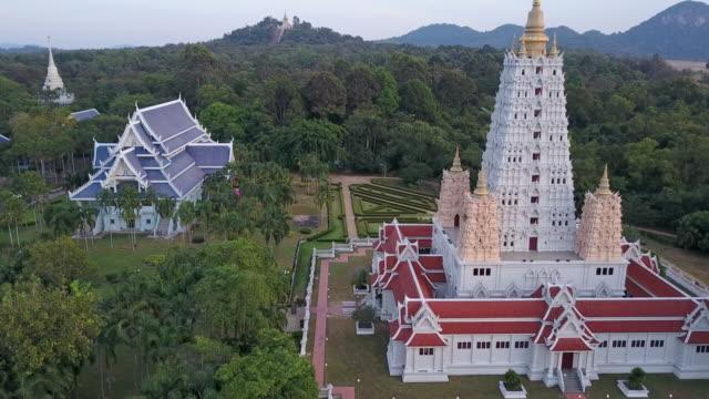 wat yannasang wararam buddhist temple at pattaya city - chonburi province stock videos & royalty-free footage