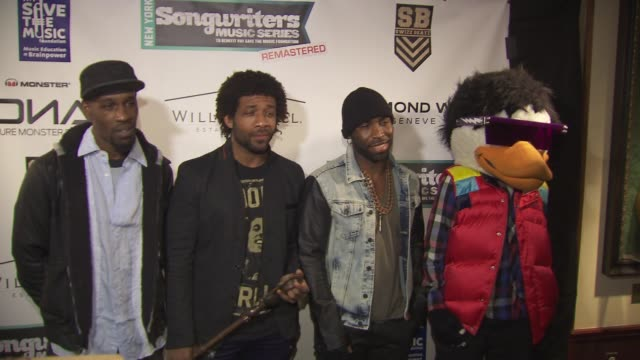 watch the duck at the vh1 save the music foundation's songwriter music series with swizz beats at hard rock cafe times square on january 17 2013 in... - hard rock cafe stock videos & royalty-free footage