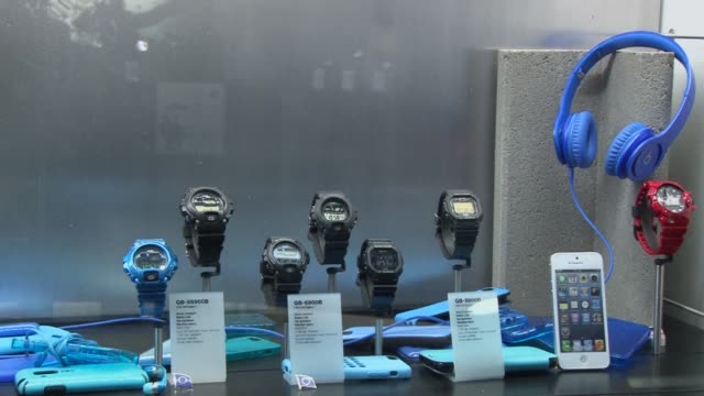 watches that connect to your smartphone or even a satellite to ensure perfect time regardless of where you are in the world or alert you if you leave... - trade show stock videos & royalty-free footage