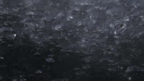 vídeos y material grabado en eventos de stock de water bubbles in geyser. - hervir