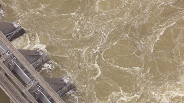MS AERIAL ZO Water churning and Barkley Dam at Land Between Lakes Recreation Area / Kentucky, United States