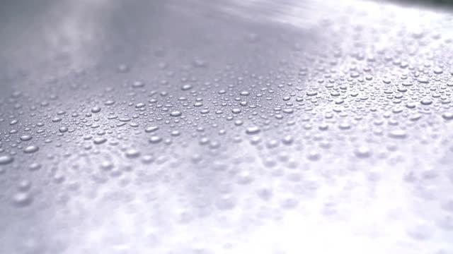 Wassertropfen auf Auto Surfac.