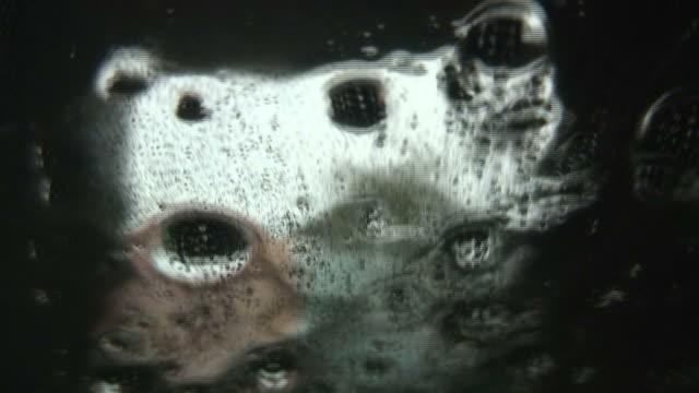 (HD1080i) Fluxo de água: Claro e escuro efeito de correr