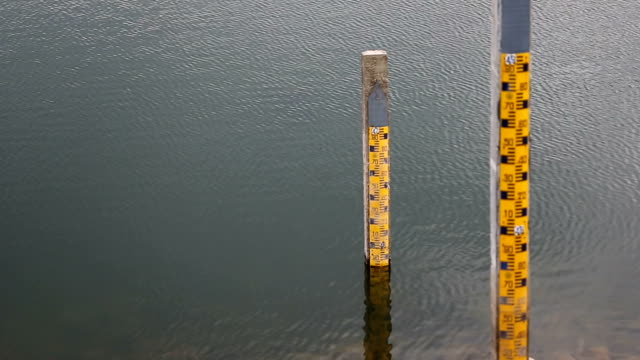water level indicators at a reservoir - reservoir stock videos and b-roll footage