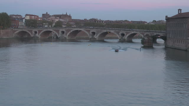 water skiing on the garonne - toulouse stock videos & royalty-free footage
