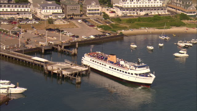 zo, aerial, water street ferry terminal at block island, rhode island, usa - ferry terminal stock videos & royalty-free footage