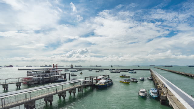 water traffic time lapse at marina south pier - small boat stock videos & royalty-free footage