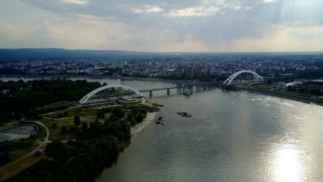 Transport fluvial et la gestion de fret