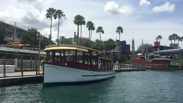 stockvideo's en b-roll-footage met water transportation in universal studios seen on july 20, 2019; in orlando, florida, usa. universal studios' famous recreation facility is a... - redactioneel
