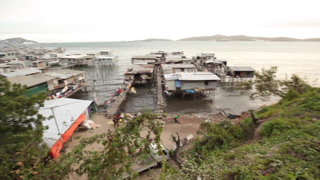ws pan water village/ papua new guinea - papua new guinea stock videos & royalty-free footage