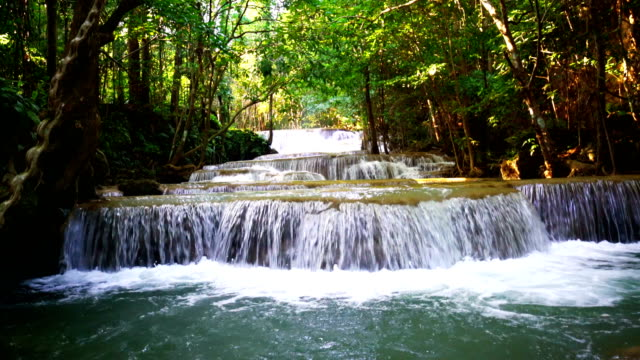 LD, Wasserfall stehendes Wasser in Thailand, Huay oder Huai Mae Khamin