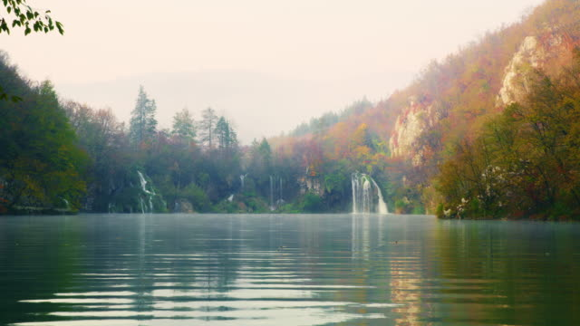 ws waterfalls at plitvice lakes national park - pond stock videos & royalty-free footage