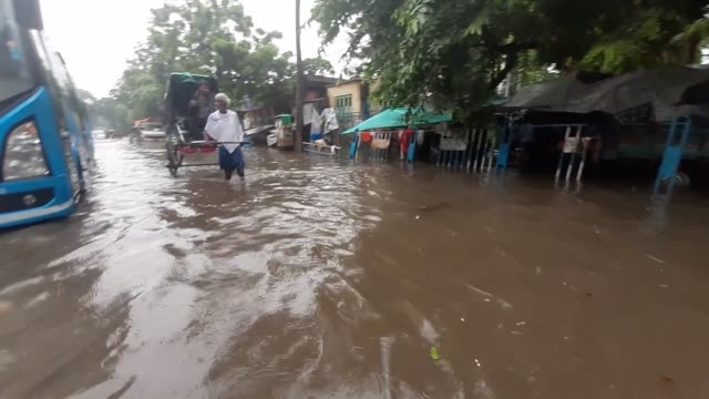 waterlogged road after monsoon rain on august 17,2019 in kolkata city, india.meteorological department predicted heavy rain and thunderstorm in west... - monsoon stock videos & royalty-free footage