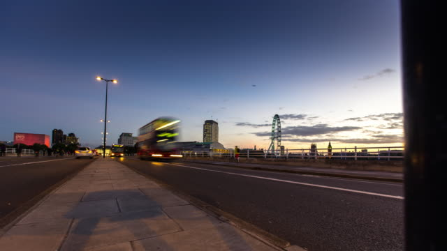 waterloo bridge sunset - time lapse - day to dusk stock videos & royalty-free footage