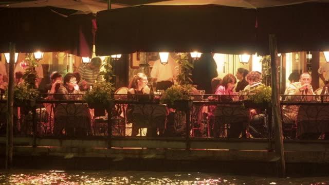 waterside sitting area for restaurant - イタリア点の映像素材/bロール