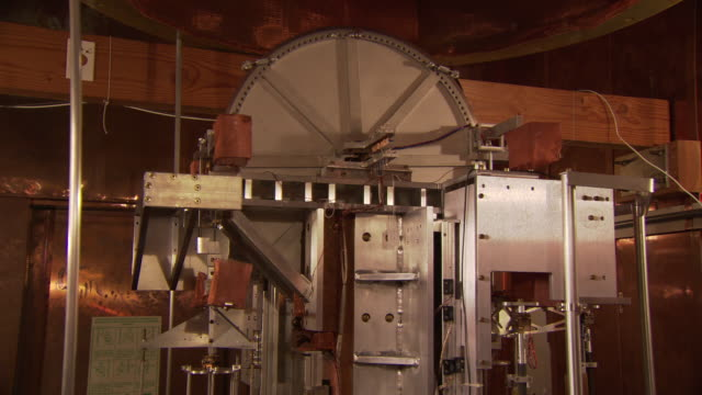 Watt balance machine in operation, pan and reveal, at the National Institute of Standards and Technology, Gaithersburg, USA