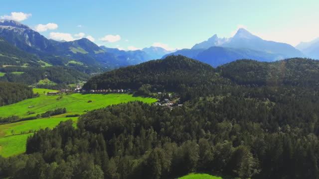 バイエルン ・ アルプスに watzmann massiv - bavarian alps点の映像素材/bロール