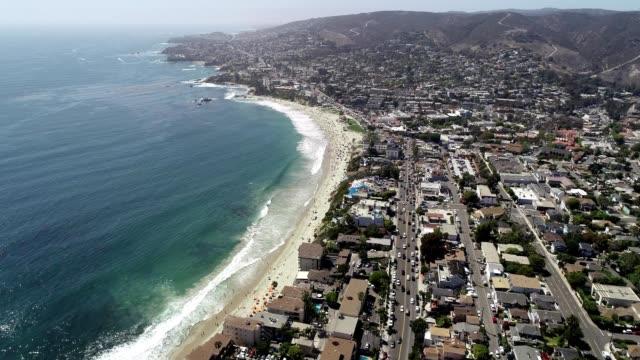 Waves crashing against Laguna Beach shoreline