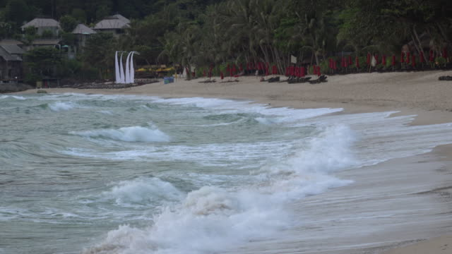 waves on sandy beach - gulf of thailand stock videos & royalty-free footage