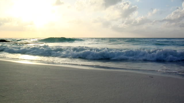 ws waves rolling up on beach, isla mujeres, quintana roo, mexico - quintana roo stock videos and b-roll footage
