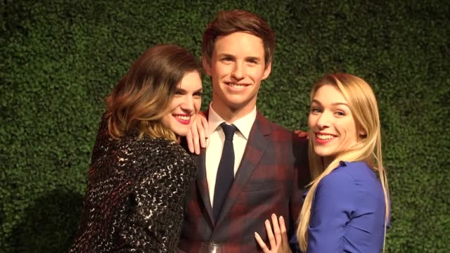 vídeos de stock e filmes b-roll de a wax figure of the oscarwinning actor eddie redmayne is unveiled at madame tussauds in london includes interview with madame tussauds pr manager... - madame tussauds