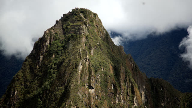 Wayna Picchu clouds timelapse