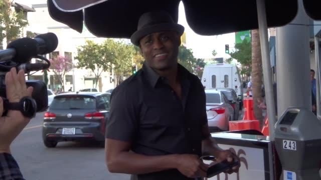 Wayne Brady shopping in Beverly Hills in Celebrity Sightings in Los Angeles