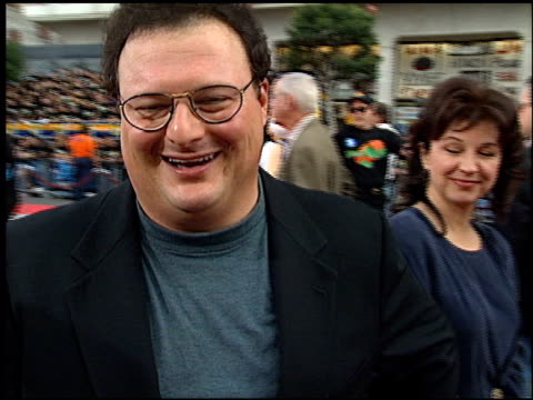 wayne knight at the 'space jam' premiere arrivals at grauman's chinese theatre in hollywood, california on november 10, 1996. - space jam stock videos & royalty-free footage