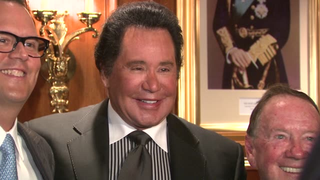 wayne newton and guests at the the 26th annual sports legends dinner at the waldorf astoria in nyc benefitting the buoniconti fund to cure paralysis... - wayne newton stock videos & royalty-free footage